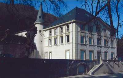 Bureaux à la location dans un château à Sainte-Colombe