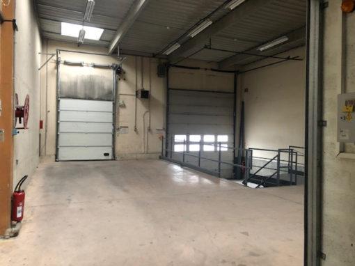 Bâtiment d'activités de 3821 m² divisible à partir de 552 m²