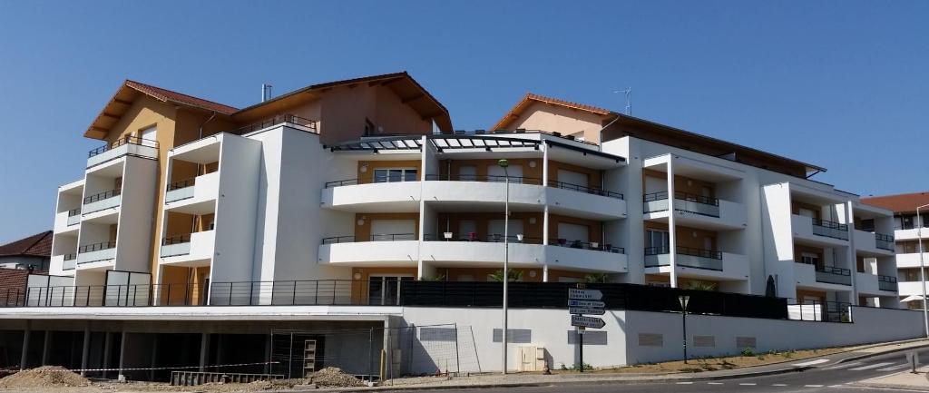 Local commercial – Chasse Sur Rhône – 91,5 m²