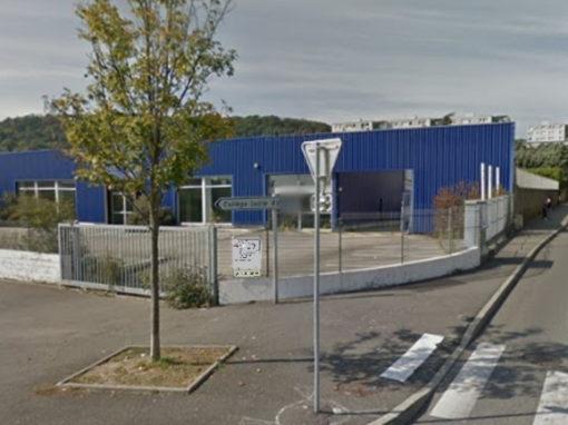 Local d'activité Givors 2100 m²
