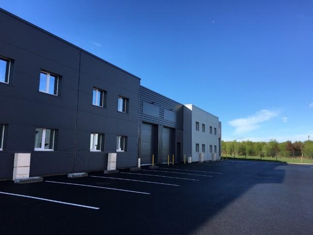 Local d'activités Chasse Sur Rhone 517 m2 divisibles à partir de 254 m²