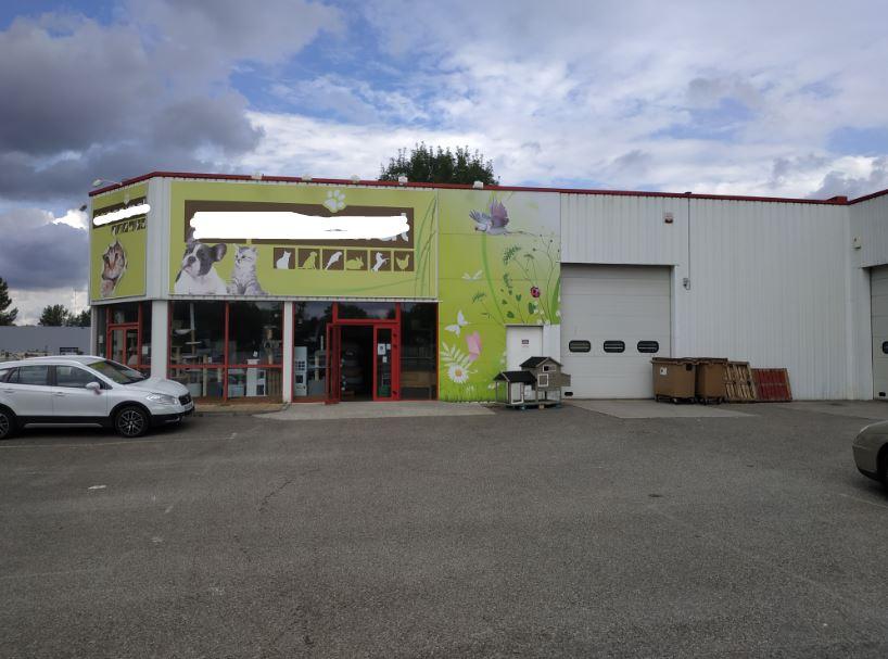 Local commercial – 350 m² – Bourgoin Jallieu