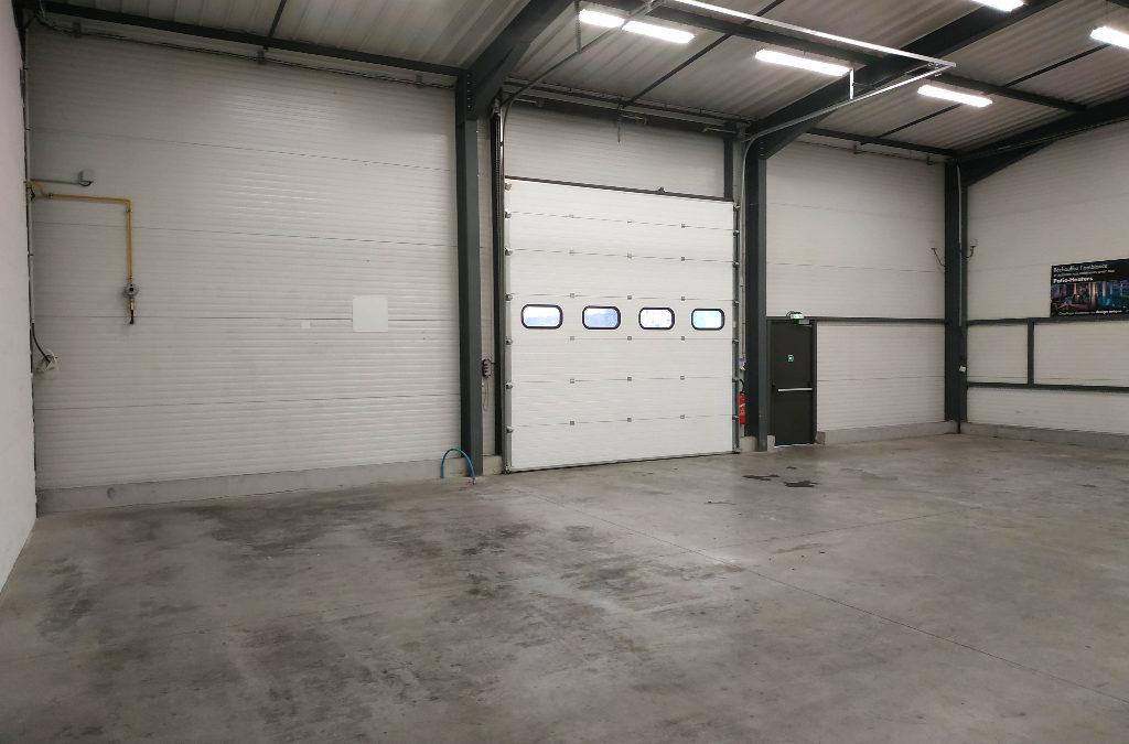 Local d'activité & Bureaux – Nord Isère- Frontonas- 390 m2