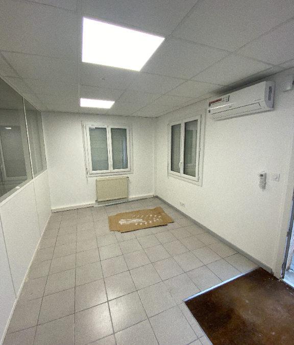 Local d'activité  à louer – Saint Pierre De Chandrieu 600 m²