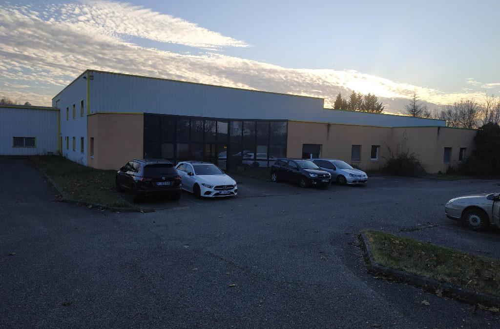 Local d'activité Rochetoirin- 1722 m2 sur un terrain de 10 000 m²